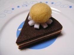 Choco_cake_felt