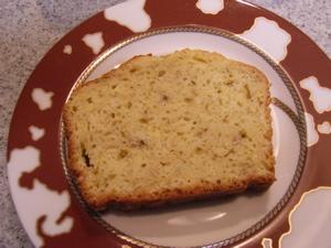 Banana_cake_cut2